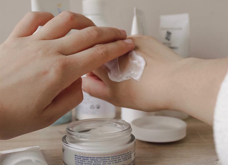 Cómo aplicar correctamente la crema facial
